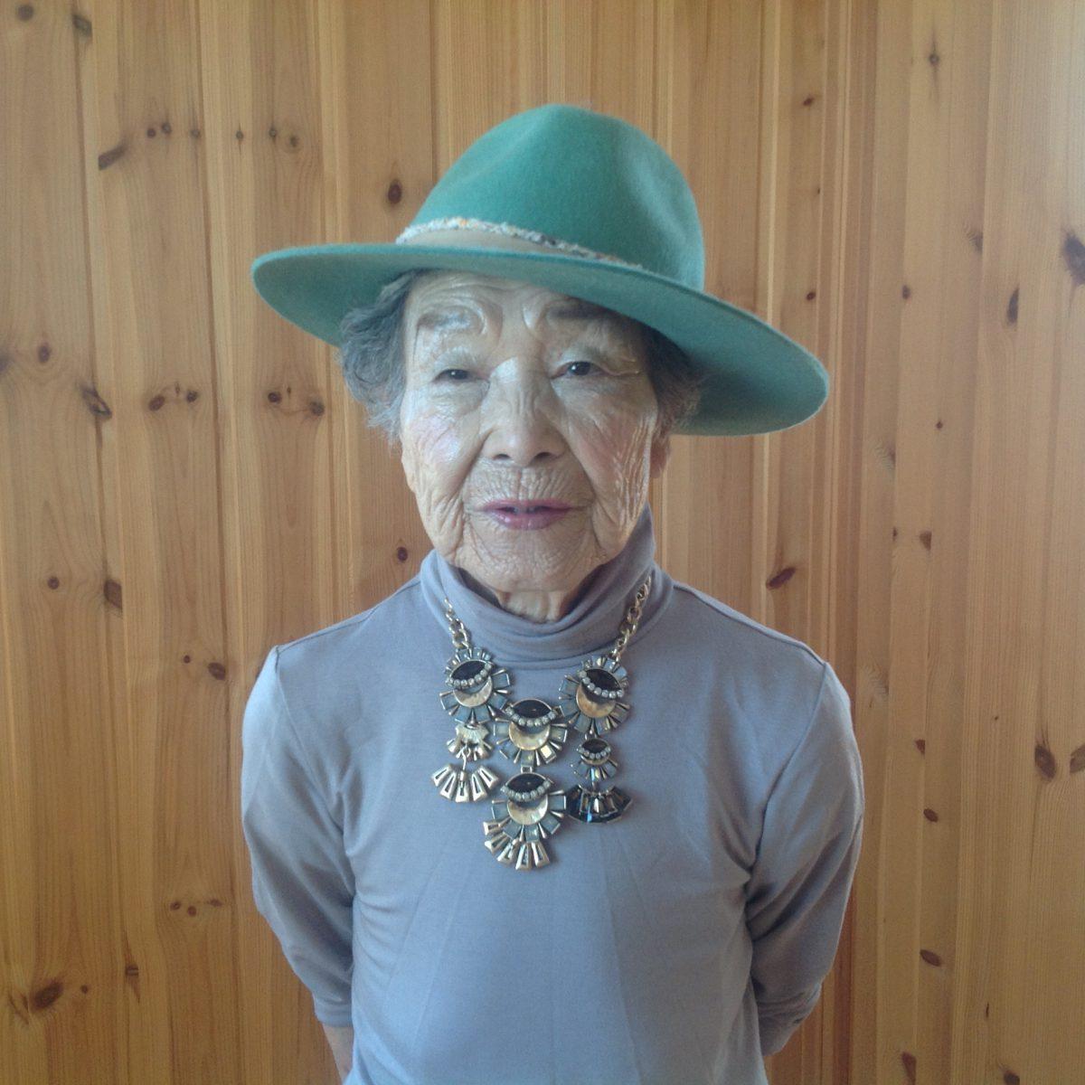 94歳の母に美開運メイクをしたら、